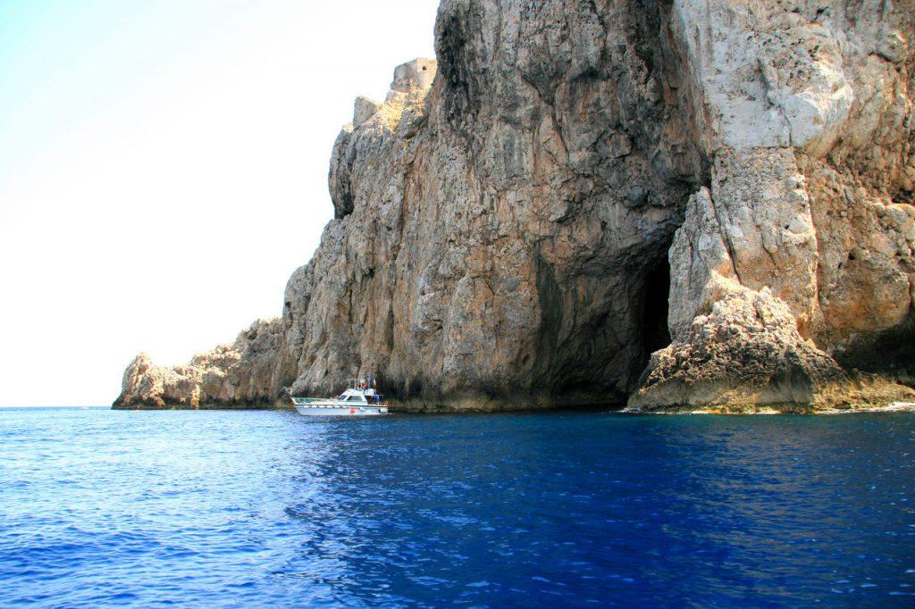 Grotta del Tuono