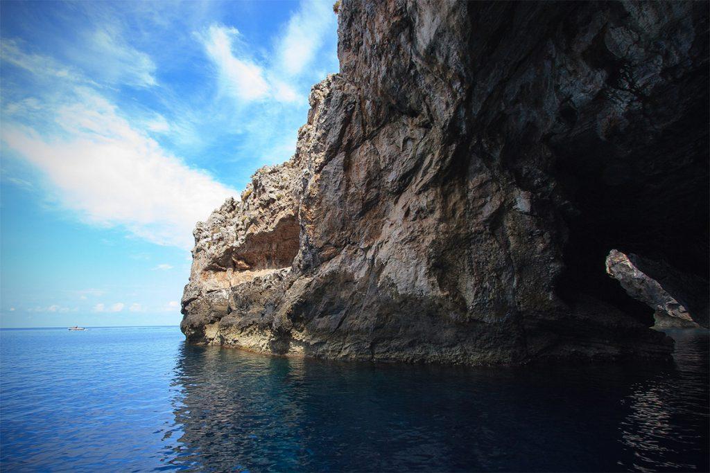 Grotta Perciata