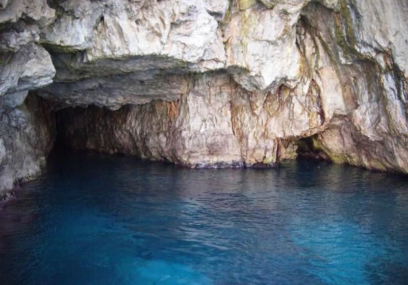 Grotta della Pipa
